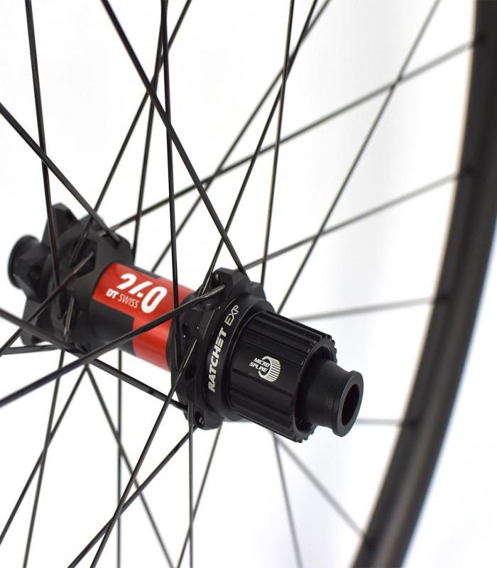 27.5 pulgadas: DT EX 511, DT Swiss 240 y CX-Ray o D-Light rueda delantera