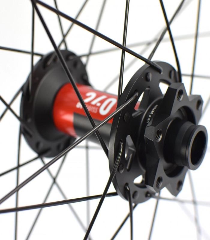 27.5 pulgadas: DT EX 511, Hope Pro 4 y Race rueda delantera