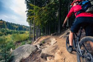 Nosoloruedas te ayuda a elegir bien qué llevar cuando sales en bici.