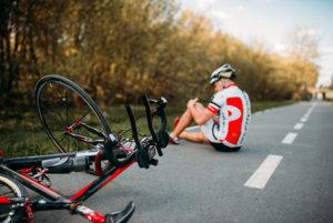La Real Federación Española de Ciclismo ofrece un seguro médico que cubre a los ciclistas en caso de accidente.