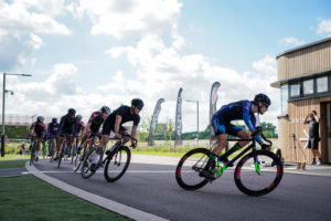 Una correcta hidratación es esencial para los ciclistas